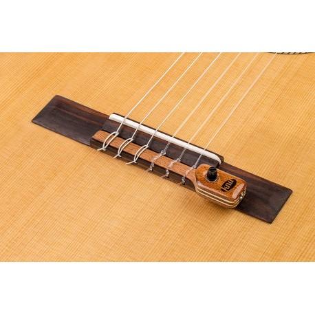 KNA NG-2 Previo Guitarra Clasica y Flamenca con control de volumen